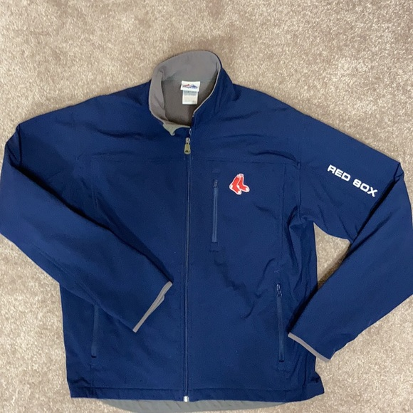 Majestic Red Sox size large therma base